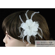 Fascinator Light Ivory Feather  Hair Flower T1573