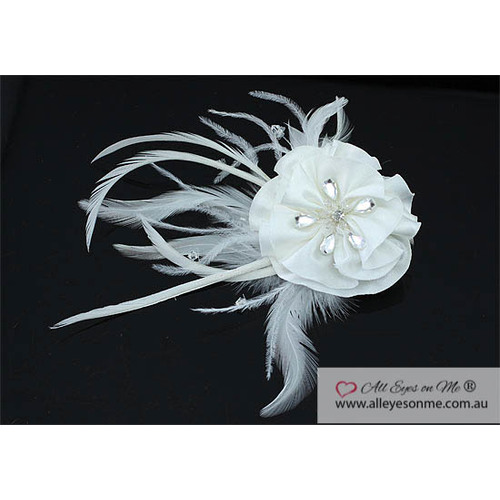 Fascinator Ivory Fabric Feather Hair Flower T1568